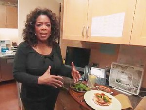 Oprah shares her meal plan in the Harpo kitchen. (Oprah.com)