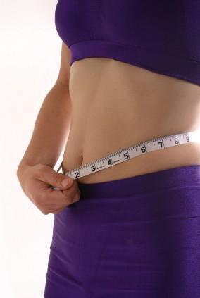 measure woman's waist