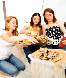 women pizza