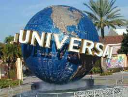 Eating healthy is possible at universal studios ccuart Images