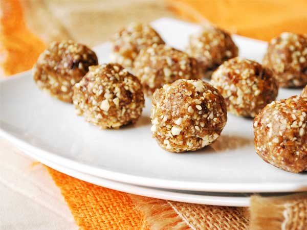 Healthy Fall Decadence with Pumpkin Spice Protein Balls  