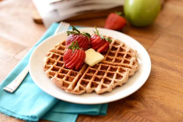 Cinnamon Apple Oat Waffles