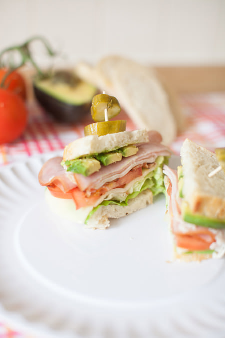 club sandwich with pickles