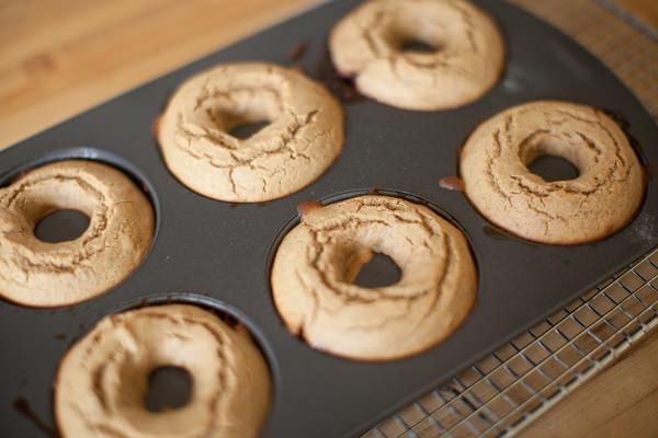 pb quinoa donuts