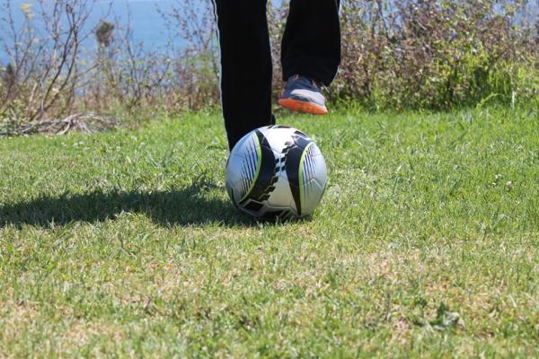 soccer toe tap