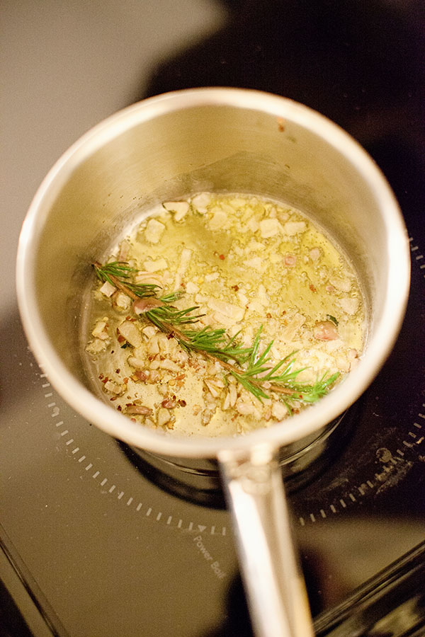 rosemary-and-onions