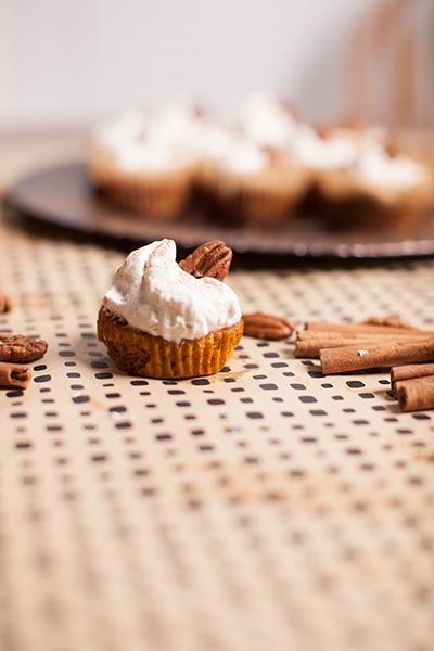 pumpkin-pie-mini-muffin