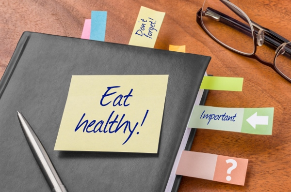 Planner with sticky note - Eat healthy