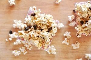 Cinnamon Raisin Popcorn Photo