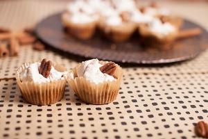 Crustless Pumpkin Pie Mini Muffins
