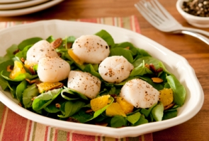 Baby Spinach and Orange Salad Photo