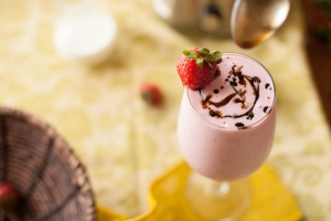 Fresh Strawberry Balsamic Drizzle Milkshakes Photo
