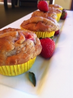 Taste this healthy strawberry lemonade muffins recipe for Atkins cuisine all purpose baking mix