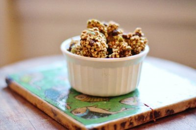 Granola Cereal, Low Fat, with Cinnamon & Raisins