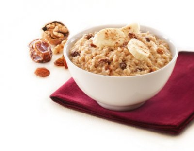 Instant Oatmeal, Raisins, Dates & Walnuts