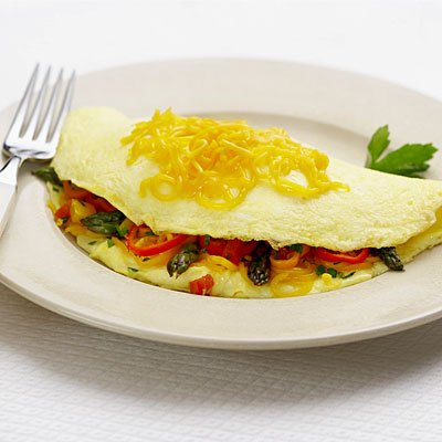 Omelette, Egg White, Uncured Turkey Bacon, Vegetable & Cheese