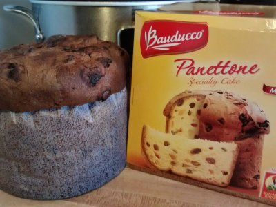Panettone, with Candied Fruits and Sun Maid Raisins