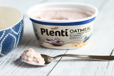 Oatmeal Meets Greek Yogurt, Blueberry