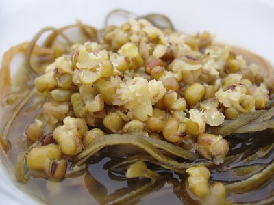 Mung beans, mature seeds, sprouted, cooked, stir-fried