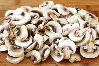 White Sliced Mushrooms