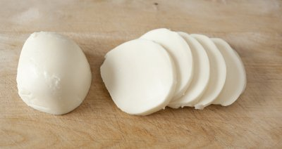 Sliced Mozzarella Cheese