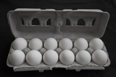 Eggs,Medium White Dozen