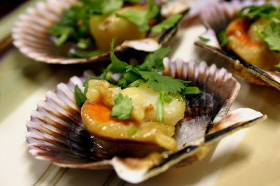 Mollusks, scallop, mixed species, raw