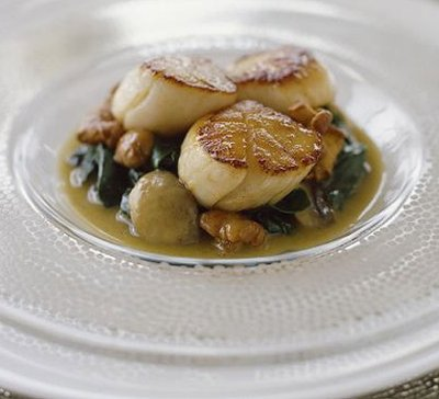 Saucy Scallops with Mushrooms