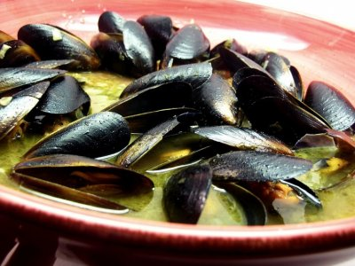 Mussels, in a Garlic Butter Sauce