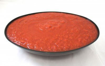 Peeled Tomatoes with Thick Puree