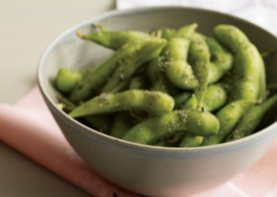 Edamame with a touch of salt