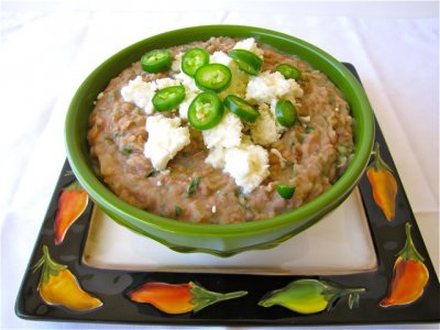 Refried beans, canned, traditional style