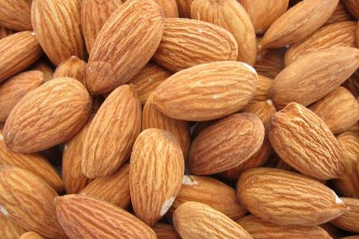 Raw Almonds - Just a Handful