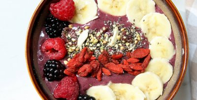Superfood Almond Butter With Chia Hemp Seeds & Goji