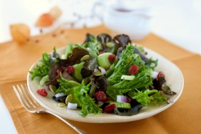 Light Raspberry Vinaigrette Dressing