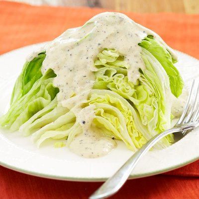 Peppercorn Ranch Dressing, Peppery & Creamy