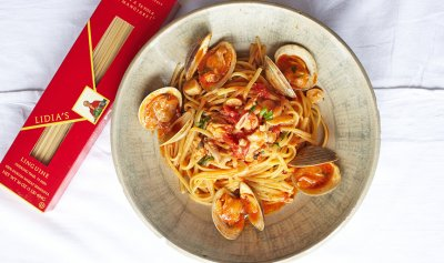 Clam Sauce, Red, with Extra Virgin Olive Oil