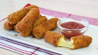 Breaded Mozzarella Sticks