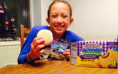 Uncrustables Peanut Butter & Grape Spread Sandwich (Reduced Sugar)
