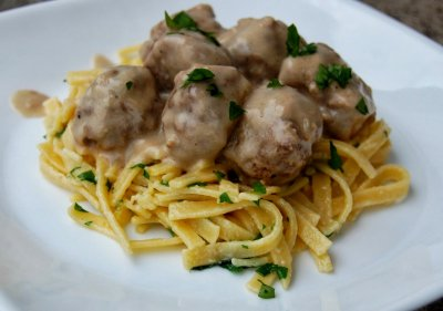 Swedish Meatballs, with Gravy and Pasta
