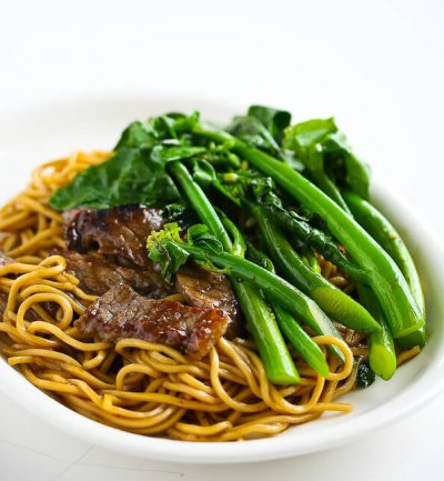 Beef & Broccoli Noodles
