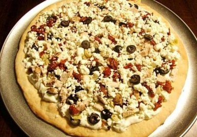 Greek Tzatziki, Traditional Crust Pizza