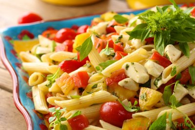 Pasta & Vegetables in a Creamy Cheese Sauce