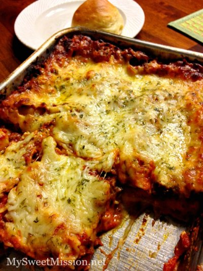 Lasagna with Meat Sauce and Four Cheeses