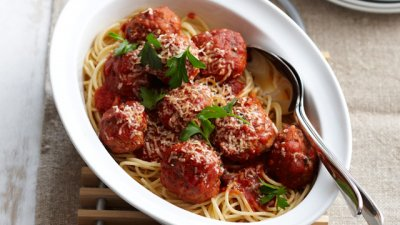 Spaghetti Rings, with Meatballs, in Tomato Sauce