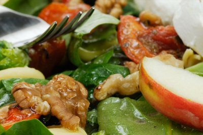 Apple And Walnut Salad With Chicken