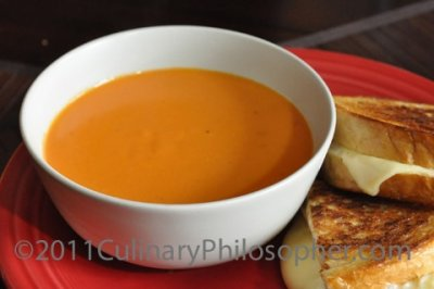 Creamy Gouda Bisque With Chicken Soup
