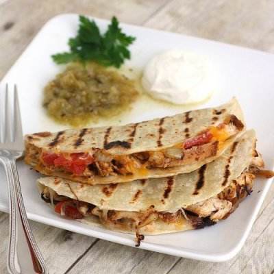 Grilled Onions- quesdailla