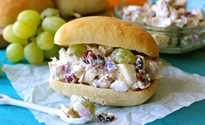 Chicken Salad Sandwich with Apples