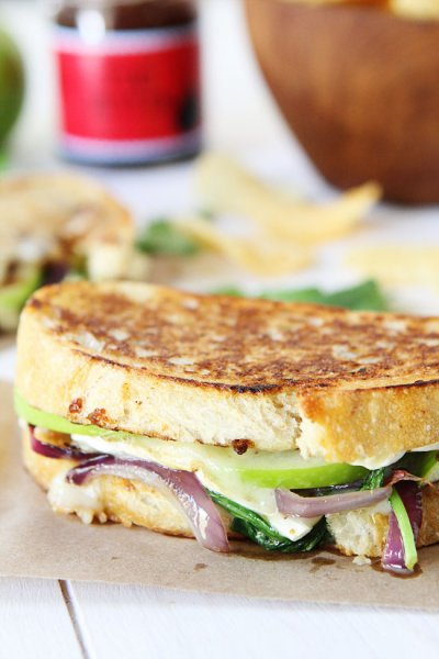 Brie, Apple & Sweet Fig Sandwich